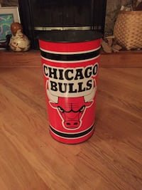 CHICAGO Bulls waste can