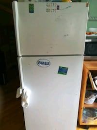 white top-mount refrigerator Silver Spring, 20904