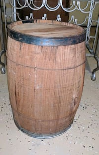 Used Rustic Wood Whiskey Barrel For Sale In Alpharetta Letgo