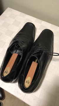Leather dress shoes size 11 Oceanside, 92057