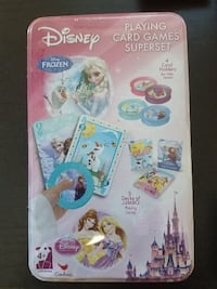 Kids playing cards Disney princess Centreville