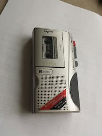 gray Sanyo voice recorder Scarborough, M1S