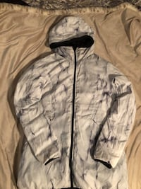 BENCH reversible down jacket Victoria, V8W 1S2