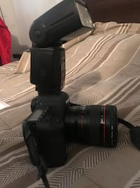 Canon 6d camera with 50mm and 24mm lens Brampton, L6T 2E7