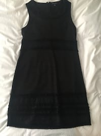 Perfect Christmas holiday little black dress!  723 km