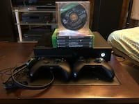 Black xbox one console w/2 controllers, headset and 5 games