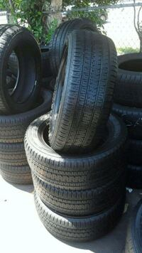 Set Bridgestone 225/55/20 semi new tires  Whittier, 90606