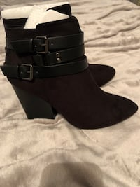 Size 8.5 Black boots  Antelope, 95843