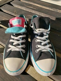 Converse and vans Womens size 8.5 and10