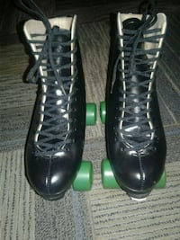 One pair of New Beautiful skates