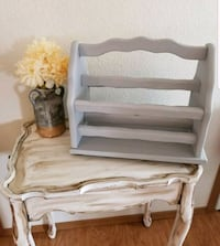 Shabby chic side table 2319 mi