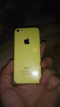 Pale yellow iphone 5c Richmond Hill, L4S
