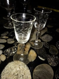 two clear footed sherry glasses Alexandria, 22303