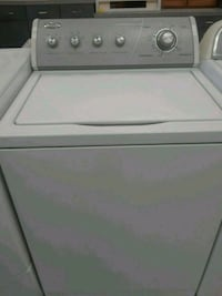 white top-load clothes washer Manchester, 03102