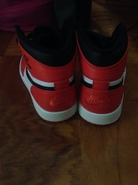 Red-and-white Nike high top sneakers Oxon Hill, 20745