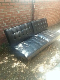 black leather 3-seat sofa Pasadena, 91107