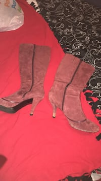 Ladie size 10 boot