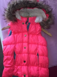 pink button-up fur trimmed vest