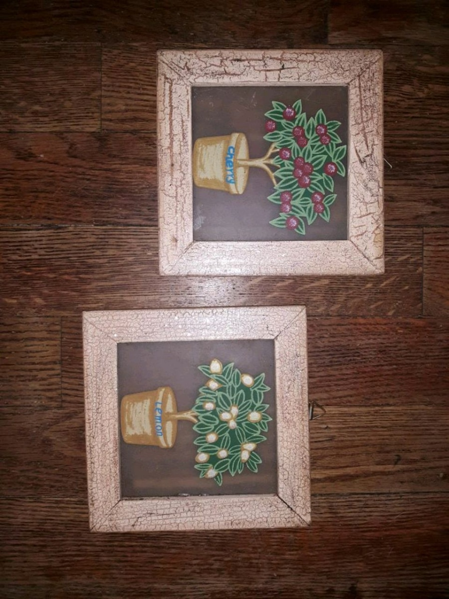 Photo Vintage Kitchen Wall hangings $15