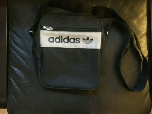 Vintage addidas side bag satchel