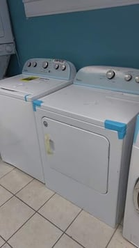 Brand New Whirlpool Top Load Washer and Electric Dryer Set (Scratch and Dent) Elkridge, 21075
