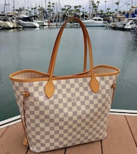 damier azur Louis Vuitton leather tote bag Brossard, J4Z 3C2