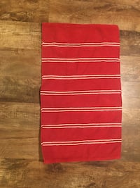 Red and white throw rug Virginia Beach, 23455