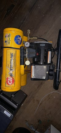 yellow and black air compressor