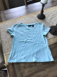 Size Small Shirt Franklin, 37067