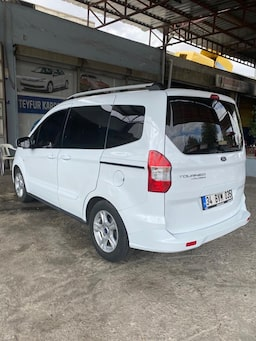 2019 Ford Tourneo Courier  1.5  95PS 65 binde 314c580a-7a66-424f-9afb-b41a717933c5