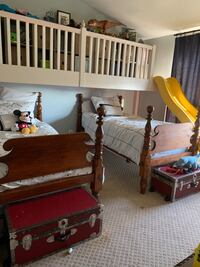 Gorgeous Antique beds two twin size Woodbridge, 22192
