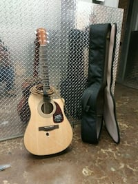 Electric acoustic guitar Chicago, 60660