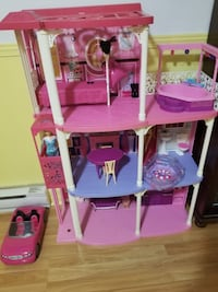 Barbie house+car+doll