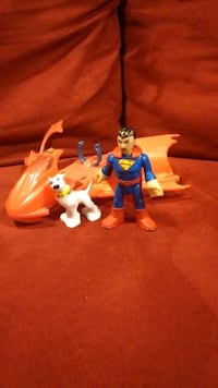 Imaginext superman and dog with vehicle