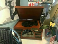 ANTIQUE STEREO WORKING PERFECT