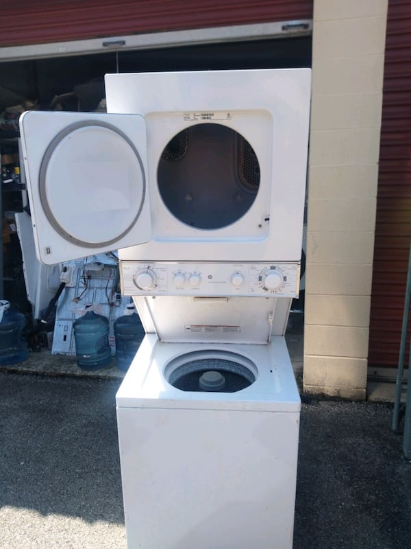 Whirlpool 24-inch heavy duty washer and dryer free delivery 2yr  war 1311c9de-84c4-492e-997c-638a7cb90b9c