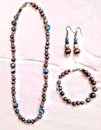 Handmade necklace with matching bracelet and earri Corvallis, 97330