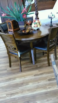 Real wood dining room set Indianapolis