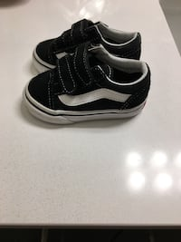 black-and-white Vans low-top sneakers Rockville, 20850