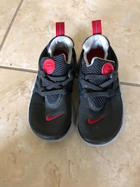 children's pair of black-and-red low-top sneakers Orlando, 32824