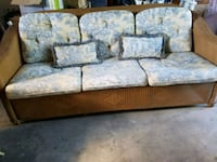 Lloyd Flanders brown wicker couch for sale Hopkins, 55343