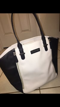 Brand: Kenneth Cole - black and white tote bag. Ajax, L1Z 0G6