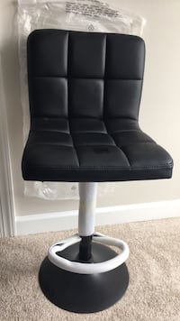 Priced to sell: Bar Stool, New Gaithersburg, 20877