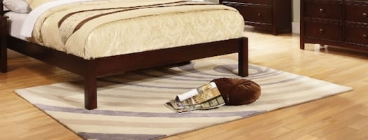 4-Piece Bedroom Group *PLEASE READ AD TO IT'S ENTIRETY*