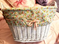 Shabby Chic basket 2' wide, approx 1 1/2' tall. Great condition.  Houston, 77064