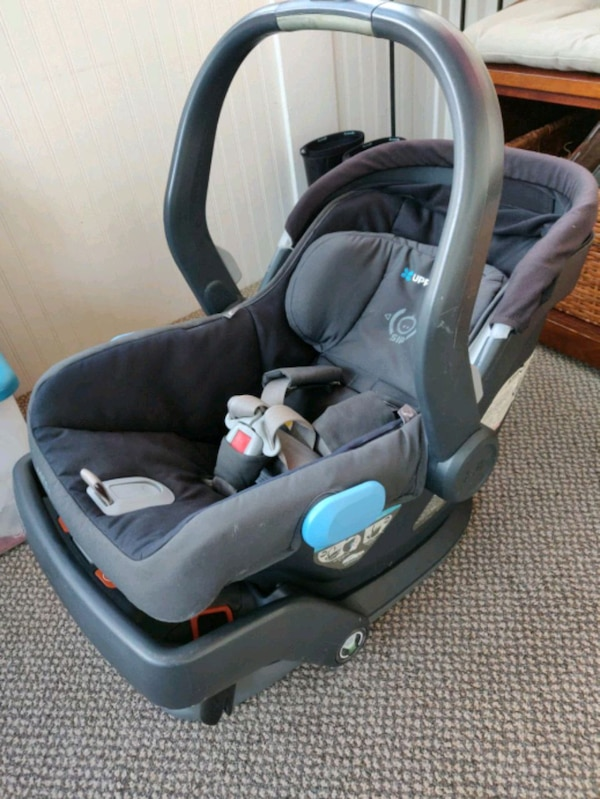 b15ecf33f5e Used Uppababy Mesa Infant car seat with base for sale in Harrison ...
