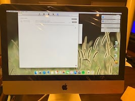 """iMac 8gb - 1tb - 21.5"""" - late 2015 (like new condition)"""