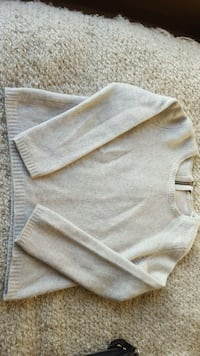 Pullover Sweater size small