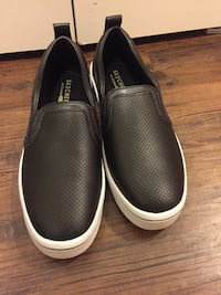 New Skechers slip on sneakers  Calgary, T3M 2E4