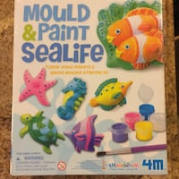 Mould & paint sealife set never opened. still in plastic wrapping